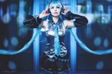 MikuHatsune02_photoby_Captured